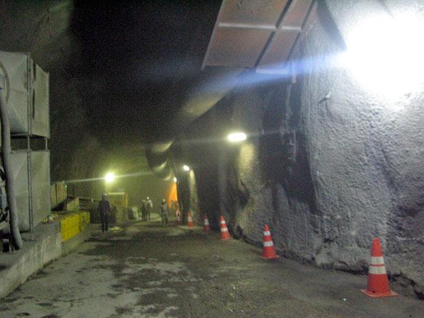 Túnel foi aberto na tarde desta quinta (21) em Copacabana, na Zona Sul do Rio, para obra de construção da Linha 4 do metrô (Foto: Tássia Thum/G1)