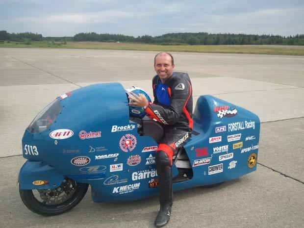Bill Warner, de 42 anos, atingiu a velocidade de 502 km/h. (Foto: Loring Timing/Barcroft USA/Getty Images)
