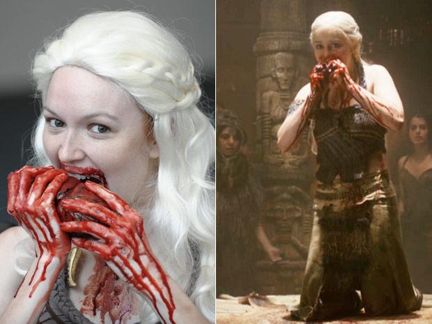 A cosplayer americana Jill Pantozzi caprichou na produção nesta sexta-feira (22) e foi a San Diego Comic-Con caracterizada como a personagem Daenerys Targaryen, da série de TV 'Game of thrones'. Não satisfeita com os detalhes de maquiagem e fantasia, ela cravou os dentes em um coração de cavalo falso para imitar uma das cenas da personagem no seriado (à direita). (Foto: Denis Poroy/AP)