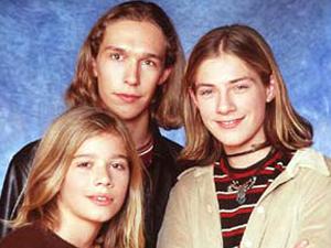 A banda Hanson nos anos 90 (Foto: Divulgação)