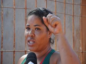 Tia de menino com faca na cabeça em Campo Grande (Foto: Leandro Abreu/G1 MS)