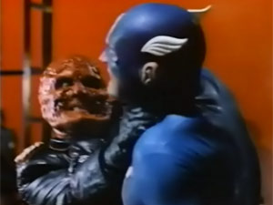 Capitão América enfrenta o Caveira Vermelha em longa metragem realizado em 1990, lançado apenas em home video (Foto: Reprodução)