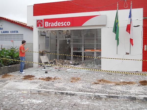 Banco em Milagres (Foto: José Evangelista/Arquivo Pessoal)