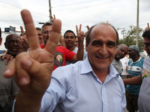 O candidato do PMDB, Nestor Vidal, foi eleito para a prefeitura de Magé (Foto: Cleber Júnior/ Ag. O Globo)