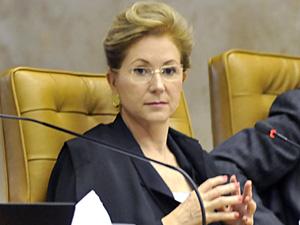 A ministra Ellen Gracie durante sessão de julgamento no STF (Foto: José Cruz  / Agência Brasil)