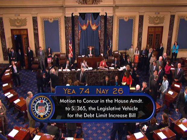 Senado dos EUA aprovou plano nesta terça-feira (Foto: AP)