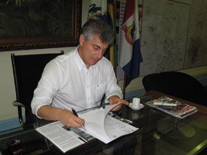 Prefeito de Teresópolis (Foto: Lilian Quaino/G1)
