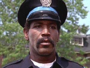 O ator Bubba Smith em cena da franquia 'Loucademia de polícia' (Foto: Divulgação)