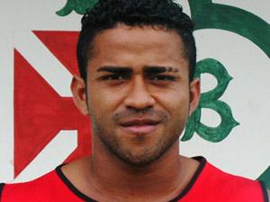 Jogador Adriano Miranda estava em carro acidentado, segundo presidente do Tuna Luso Brasileira (Foto: Divulgação/Tuna Luso Brasileira)
