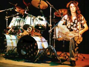 O baterista gaúcho Cristiano Forte, em 2000 (Foto: Divulgação/Site oficial)
