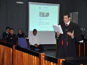 Julgamento do policial civil Cleidival Vasques, acusado de matar colega de trabalho (Foto: Tatiane Queiroz/G1 MS)