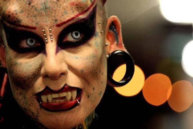 María Jose Cristerna é conhecida como 'Mulher Vampiro'. (Foto: Hector Guerrero/AFP)