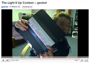 Processado pela Sony, hacker do PS3 George Hotz criou vídeo com rap para o YouTube (Foto: Reprodução)