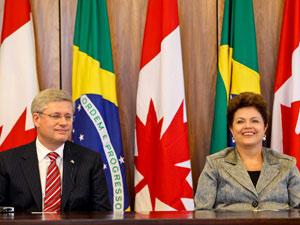 Presidenta Dilma Rousseff recebeu nesta segunda-feira (8) o primeiro-ministro do Canadá, Stephen Harper  (Foto: Roberto Stuckert Filho / Presidência)