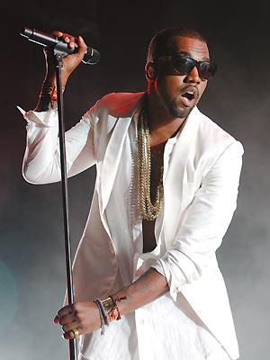 O rapper Kanye West durante apresentação no Mawazine Festival, no Marrocos, em maio último (Foto: AP)