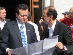 Kassab afirmou que feira da madrugada será parcialmente reaberta (Foto: Juliana Cardilli/G1)