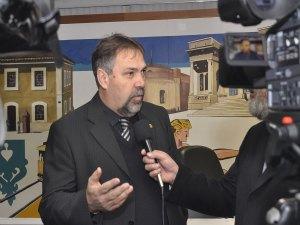 Cunhada do presidente da Câmara foi contratada por duas vezes em 2011 (Foto: Divulgação)
