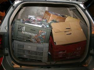 Polícia apreendeu CDs e DVDs em shopping popular (Foto: Site Miséria/ Divulgação)