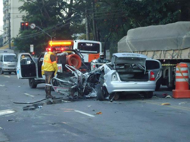 Leitor fotografa acidente na Avenida Giovanni Gronchi ocorrido neste sábado (13) (Foto: Jiovani Quadros/VC no G1)