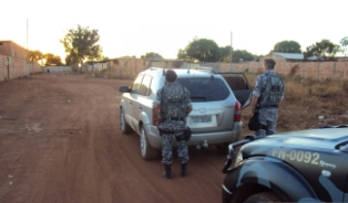 Força Nacional recupera veículo roubado em Valparaiso de Goiás (Foto: Ricardo Souza- Força Nacional)