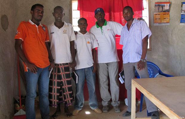 Alguns dos membros do Parlamento, a esquerda: Moulid Iftin, Muse Budul, Abdi Ibrahim, Weli Mohamed e Siyat Aden (Foto: Giovana Sanchez/G1)