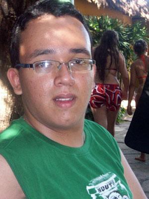 Gustavo Ferreira da Silva, 17 anos, vai trancar a faculdade de geografia para estudar inglês (Foto: Arquivo pessoal)