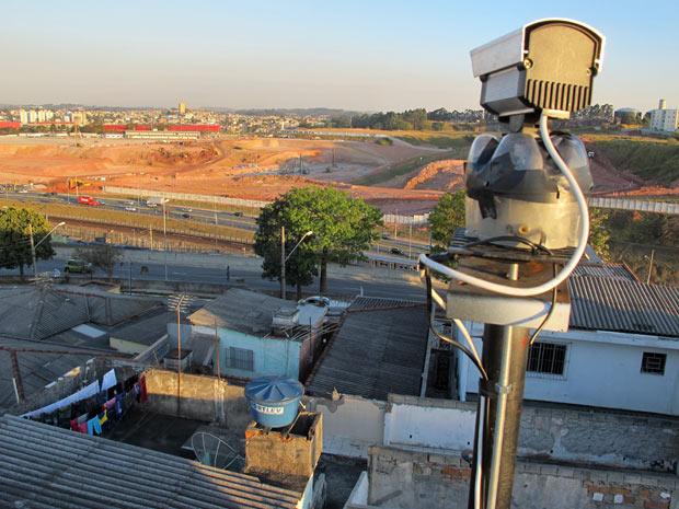 Vista da câmera do blog que transmite os trabalhos de construção do estádio do Corinthians em Itaquera (Foto: Marcelo Mora/G1)