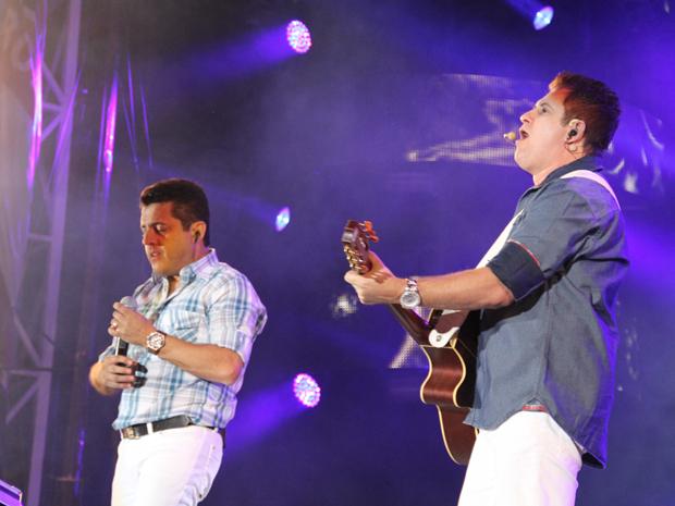 Bruno & Marrone cantam na arena de Barretos (Foto: Paulo Toledo Piza/G1)