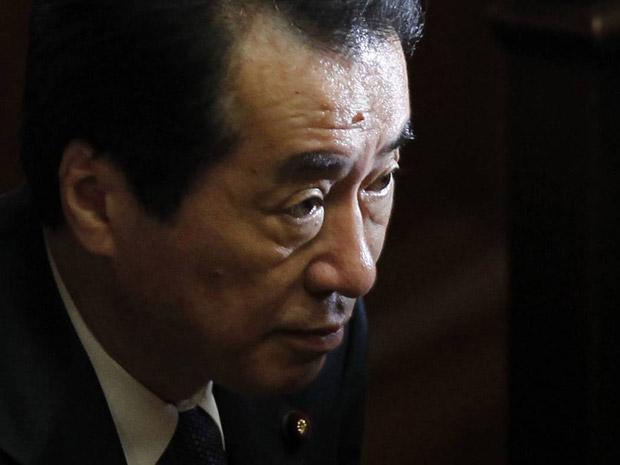 O premiê do Japão, Naoto Kan, fala no Parlamento nesta terça-feira (23) (Foto: Reuters)