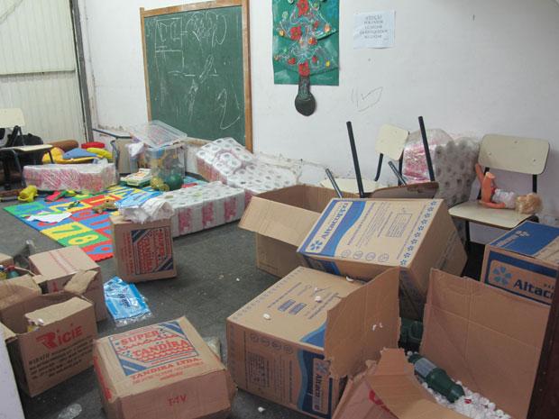 Crianças se trancaram em sala e depredaram Conselho Tutelar (Foto: Juliana Cardilli/G1)