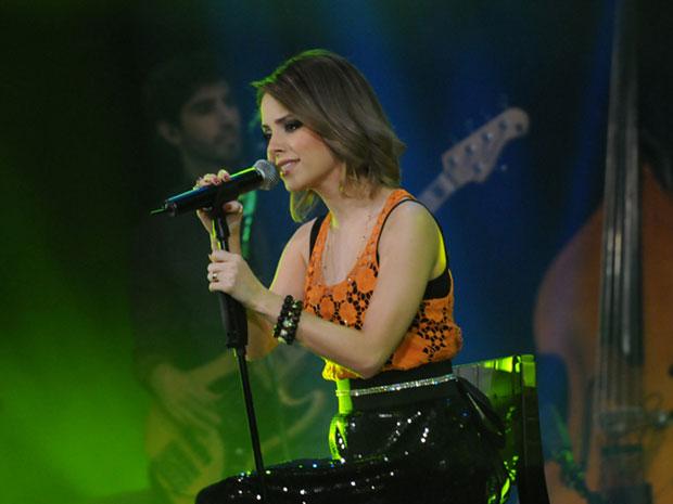 A cantora Sandy grava seu primeiro DVD ao vivo em carreira solo (Foto: Régis Filho/G1)