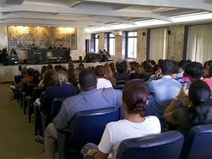 Plenário do Fórum Thomaz de Aquino, onde mulher foi absolvida, no Recife (Foto: Reprodução/TV Globo)