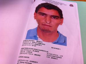 Retrato falado de suspeito é divulgado (Foto: Carolina Iskandarian/G1)