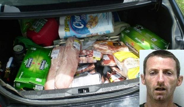 Michael Wibby roubou mais de US$ 800 de supermercado. (Foto: Reprodução)