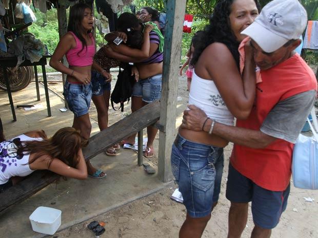 Assassinatos deixaram vizinhos e parentes revoltados (Foto: Cláudio Pinheiro/O Liberal)