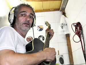 Cubículo Banda Reeducandos (Foto: Dhiego Maia/G1)