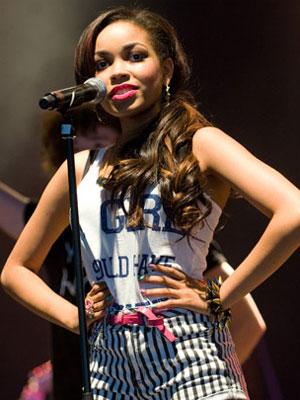 A cantora Dionne Bromfield (Foto: AP)