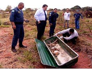 Garoto encontra ossada humana em terreno baldio de Campo Grande (Foto: Reprodução/TV Morena)
