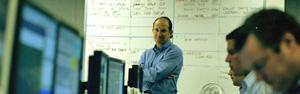 Diretor perdeu 658 funcionários em ataque (Fred R. Conrad/The New York Times)