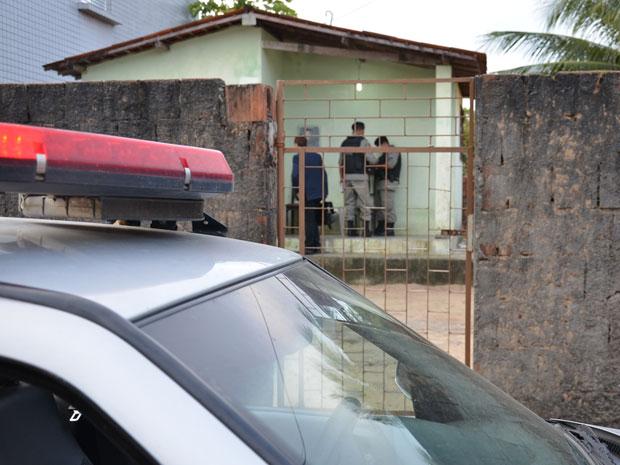 Acidente aconteceu no bairro de Mangabeira (Foto: Walter Paparazzo/G1)