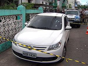 Soldado da PM é baleado no bairro do Barbalho, em Salvador (Foto: Reprodução/TV Bahia)