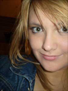 Sophie Tyler foi internada no Hospital Infantil de Birmingham (Foto: Irwin Mitchell solicitors )