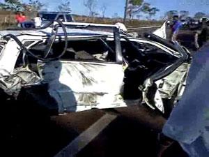 Acidente em rodovia deixa 2 mortos, diz Corpo de Bombeiros de MS (Foto: Wander Kvetik/Divulgação)