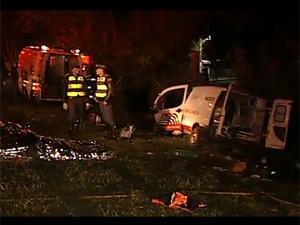 Seis pessoas morreram em acidente (Foto: Reprodução/TV Tem)