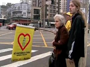 Equipes da CET já fazem campanha desde 8 de agosto (Foto: Reprodução/TV Globo)