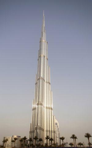 Burj Khalifa, o mais alto arranha-céu do mundo, com 828 metros de altura (Foto: Reuters)