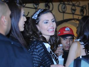 Romena Larisa Popa, 24 anos, afirmou que gostaria de conhecer mais o povo brasileiro (Foto: Raul Zito/G1)
