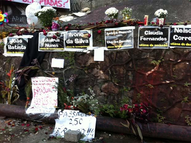 Uma semana após acidente com bonde em Sana Teresa, moradores fazem ato em memória às vítimas (Foto: Lilian Quaino/ G1)