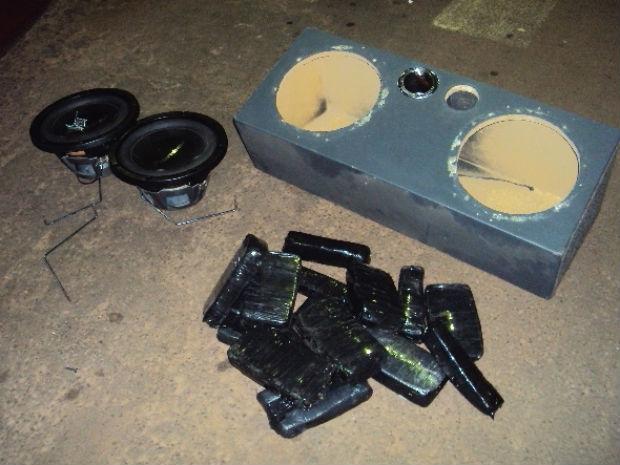 crack dentro caixa de som (Foto: Divulgação/PRF)