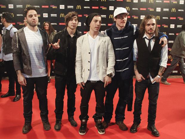 O grupo NXZero levou o prêmio de melhor música na votação popular (Foto: Ide Gomes/G1)